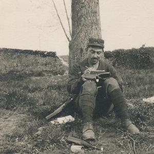 Abel Tissot écrivant du front à une mère de soldat